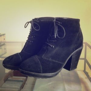 Urban Outfitters Swede Lace Up Booties